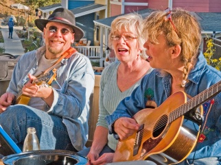 NC-Happy-Seniors-Singing-.jpg